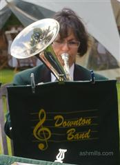 http://downtonband.org.uk/images/players/liz%20tanner%201.jpg